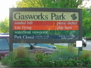 Sign at front of Gasworks Park